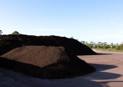 recycled-fertilizer-compost-01