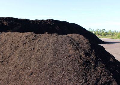 recycled-fertilizer-compost-02